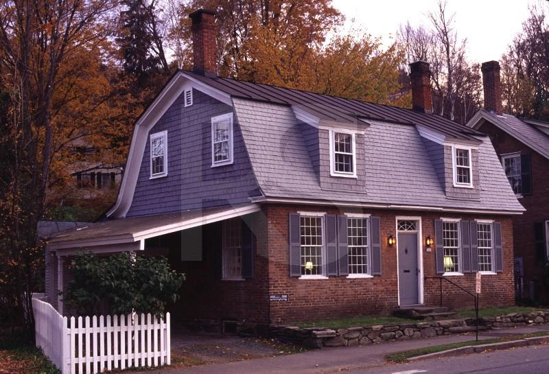 Gambrel Roof Home